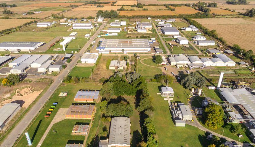 FAPI y RedPARQUES acuerdan trabajo en conjunto para fortalecer los parques industriales