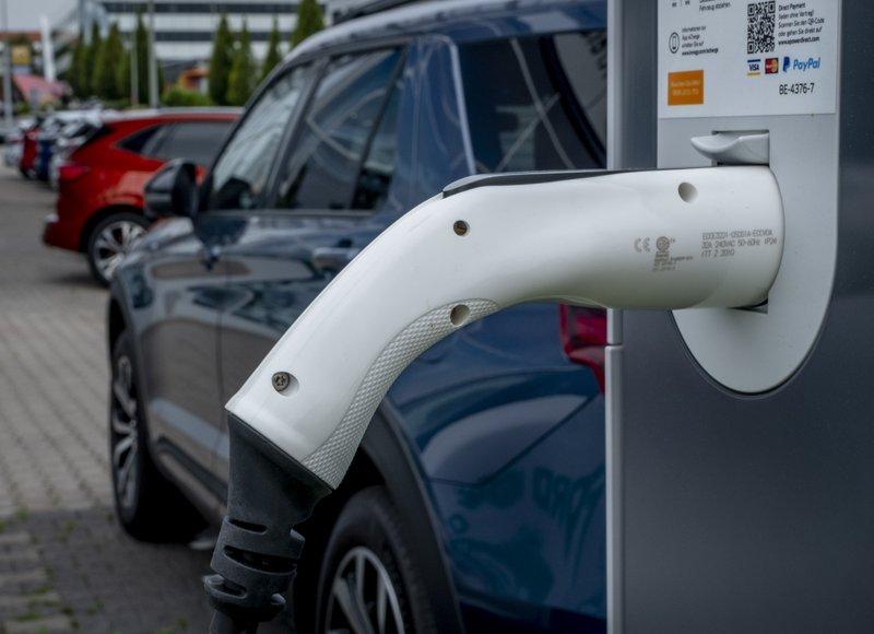 El patentamiento de vehículos eléctricos creció 53,9% interanual en 2020