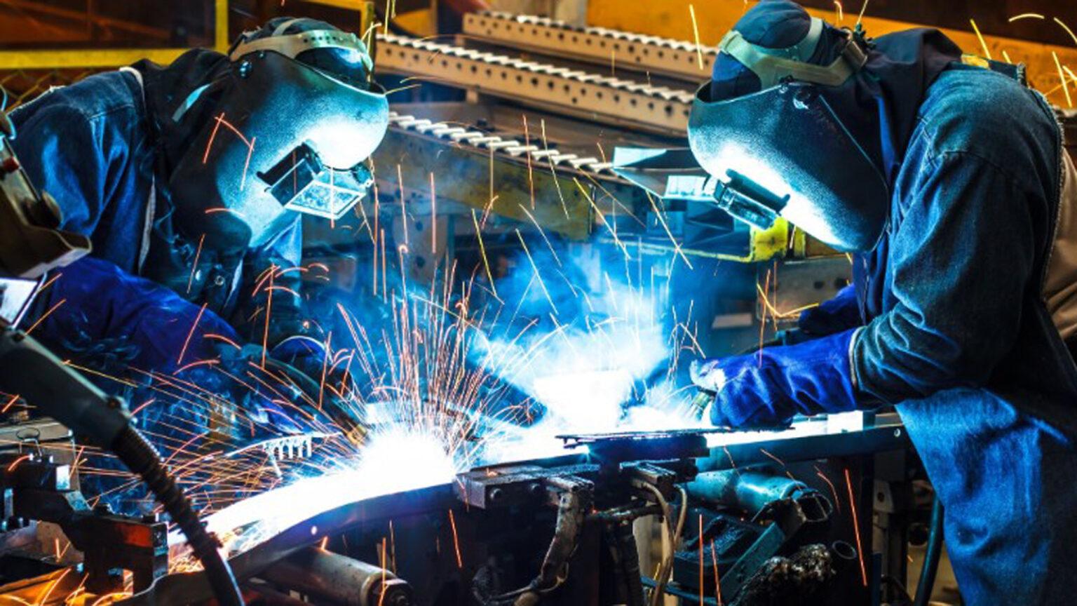 Según la CAME, tras 9 meses de caída la producción de pymes manufactureras creció 0,2% interanual en diciembre