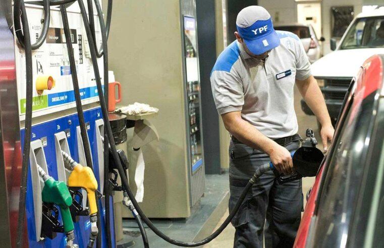 Combustibles: empresarios aseguran que seguirán los incrementos hasta que la súper cueste un dólar