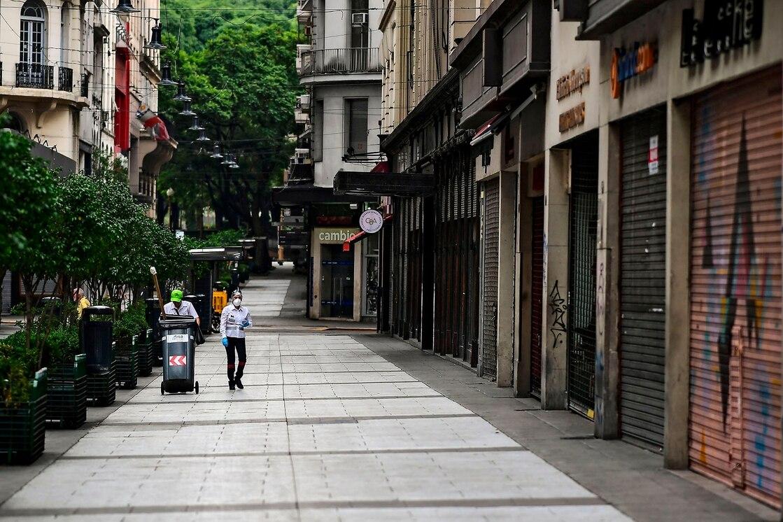 «En la Ciudad de Buenos Aires cerraron sus puertas 16.800 locales comerciales»
